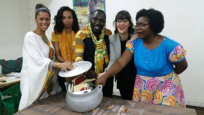 El colectivo Abidjan Lit en su capítulo 3, en febrero.