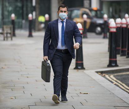 El hijo de Tatiana Akhmedova, Temur, a su llegada a los tribunales de Londres el pasado diciembre.