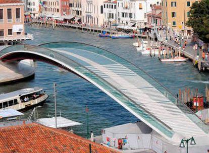 Imagen del puente de Santiago Calatrava en Venecia