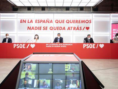 El secretario general del PSOE, Pedro Sánchez (c), preside la reunión del Comité Ejecutivo Federal de su partido en septiembre de 2020.