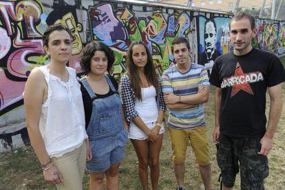 Representantes y afectados de la normativa de permanencia de la Universidad de Oviedo