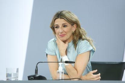 La vicepresidenta tercera del Gobierno y ministra de Trabajo y Economía Social, Yolanda Díaz, comparece el viernes en rueda de prensa.
