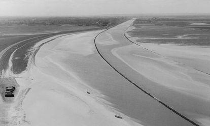 'Marea baja en el Monte Saint- Michel', 1936.