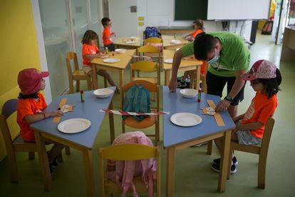 Puesta en marcha de los casales de verano en la escuela Sant Gregori de Barcelona.