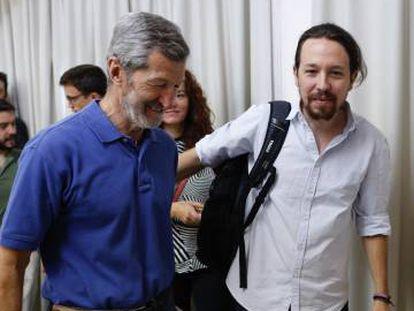 Pablo Iglesias y Julio Rodríguez, el pasado sábado en Madrid.