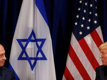 El presidente de EEUU, Donald Trump (izquierda), junto al primer ministro israelí, Benjamin Netanyahu, en Nueva York este lunes.