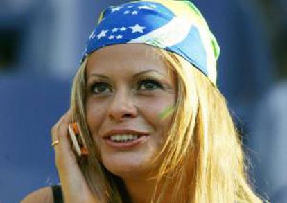 El objetivo es que los brasileños que carecen de una cuenta corriente dispongan de un sistema de pago electrónico para efectuar compras en tiendas, recargas telefónicas, transferencias a otros usuarios y reintegros en efectivo en cajeros, entre otros. EFE/Archivo