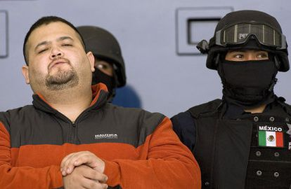 Teodoro García Simental, presentado hoy en Ciudad de México tras ser detenido por la Policía Federal.