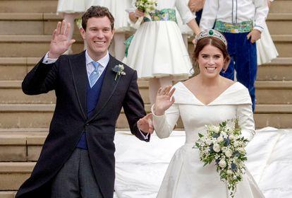 Eugenia de York y Jack Brooksbank, tras su boda en Windsor el 12 de octubre de 2018.