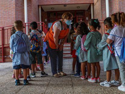 Primer día de clase en el colegio público Aquisgrán, en Toledo, el 9 de septiembre.