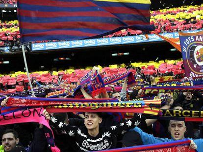 La afición del Barça en el duelo ante el Madrid.
