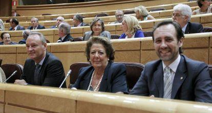 Alberto Fabra, Rita Barberá y José Ramón Bauzá, en el Senado.