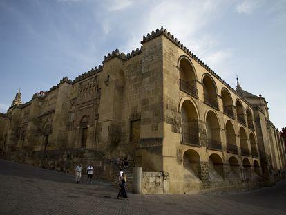 Exterior de la mezquita de Córdoba, uno de los edificios inmatriculados por los obispos españoles.