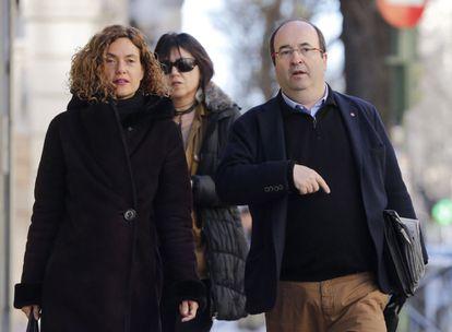 La secretaria de Estudios y Programas del PSOE, Meritxel Batet, y el líder del PSC, Miquel Iceta, a su llegada al Comité Federal.