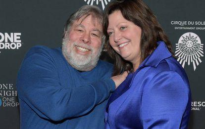 Steve Wozniak y su mujer, Janet Hill, en marzo de 2018