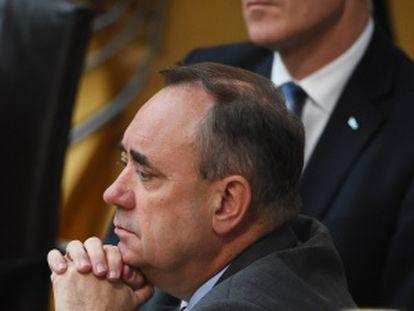El primer ministro escocés, en primer plano, el 21 de agosto