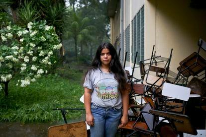 La estudiante Valeska Sandoval posa durante las protestas en la Universidad Autónoma de Nicaragua, el 10 de junio de 2018.
