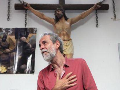 El actor no se presentó en el juzgado en dos ocasiones tras la denuncia de la Asociación Española de Abogados Cristianos por vejación de los sentimientos religiosos.