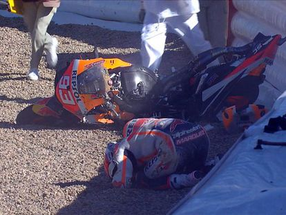 Captura del accidente de Marc Márquez en el cirucito de Jerez.