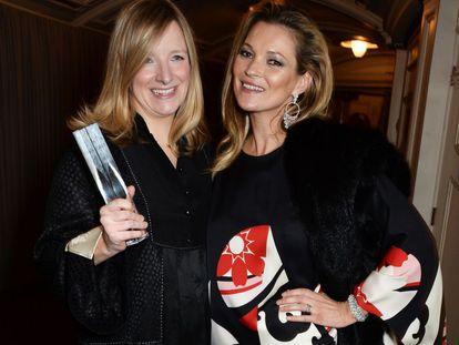 Sarah Burton junto a Kate Moss.
