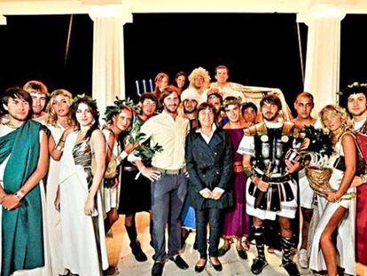 Una de las fiestas organizadas por los políticos italianos que costó 20.000 euros. La imagen ha sido obtenida de Facebook.