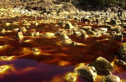 Río Tinto, donde el CSIC ha investigado con bacterias que podrían sobrevivir en Marte.