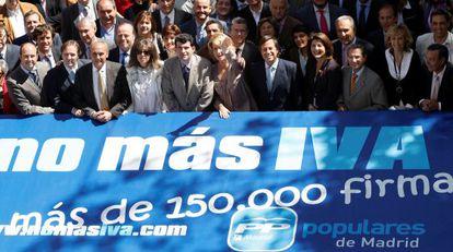 Acto del PP madrileño contra la subida del IVA en mayo de 2010