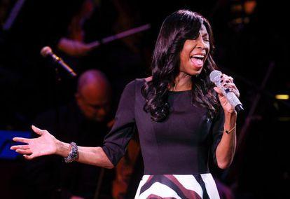 Natalie Cole, durante una actuación en marzo.