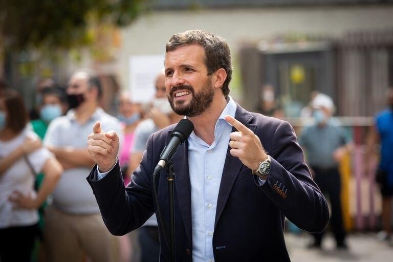 El presidente del PP, Pablo Casado, este jueves en Badalona.