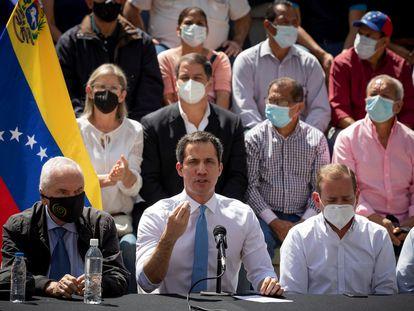 El líder opositor venezolano Juan Guaidó durante una rueda de prensa, en Caracas.