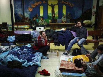 A solo una semana del comienzo de la campaña de frío, los centros de Madrid que acogen a inmigrantes necesitados están saturados a causa de la falta de refuerzo en el sistema de ayuda a solicitantes de asilo