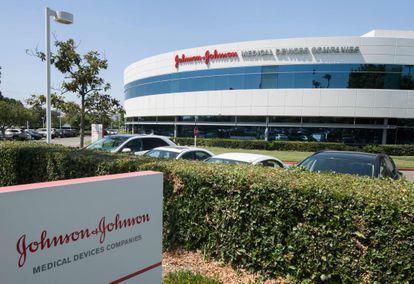 Instalaciones de Johnson & Johnson en Irvine (California), en una foto de agosto de 2019.