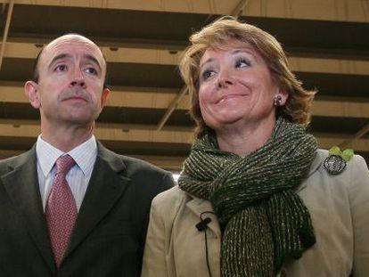 Manuel Lamela, con la expresidenta regional Esperanza Aguirre, en 2008.