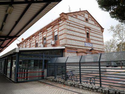 La estación de cercanías de Valdemoro amanece totalmente vacía el pasado 27 de marzo.