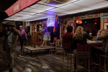 El Tijuana es una bar lgbti que busca revivir el ambiente de su comunidad a pesar de las dificultades económicas que afrontan por la pandemia. 24 de Junio, 2021.