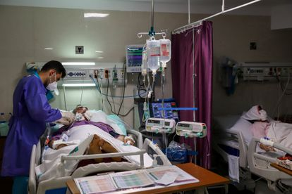 600 hospitales de 52 países están participando en el estudio, incluidos varios hospitales iraníes como el de la foto.