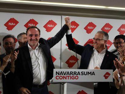 Javier Esparza, candidato de Navarra Suma a la Presidencia de Navarra, y Enrique Maya, candidato a la Alcaldía de Pamplona.