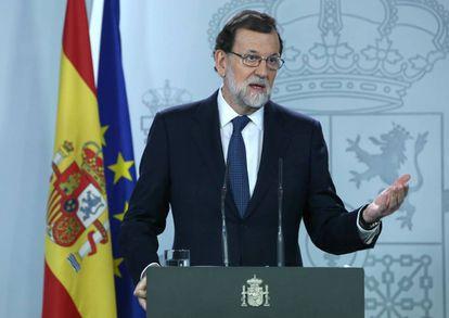 Mariano Rajoy durante una rueda de prensa en respuesta al presidente de la Generalitat.