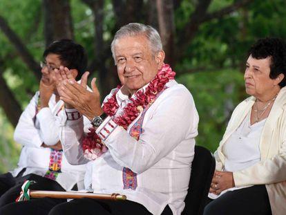 López Obrador durante una conferencia de prensa en el Instituto Tecnológico de Pinotepa en Oaxaca el pasado 11 de junio.