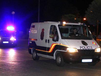 Un furgón de la Policía Nacional, en una imagen de archivo.