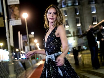 La actriz Irene Escolar este lunes en la presentación de la serie 'Dime quién soy' en el 68º Festival de San Sebastián.