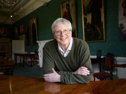 El financista británico Jonathan Ruffer en el Castillo de Auckland (Inglaterra).