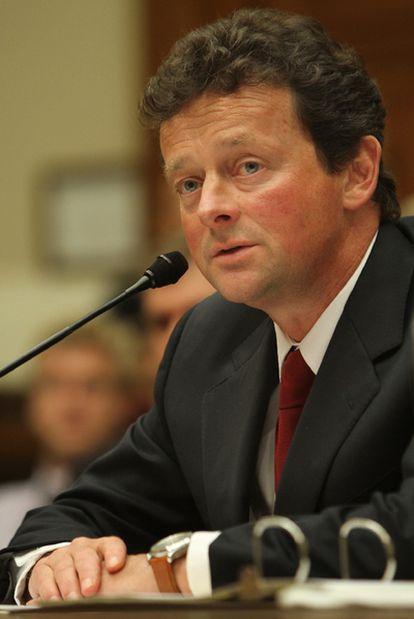 Tony Hayward, durante su comparecencia el pasado junio ante el Congreso de EE UU.