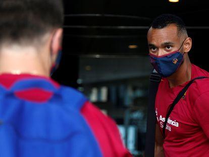 Hanga, jugador del Barça, en Valencia.