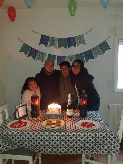 La familia Sarmiento, en el cumpleaños del padre hace dos meses.