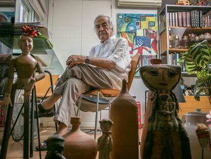 Valeriano Bozal, en su casa, a mediados del mes de junio.