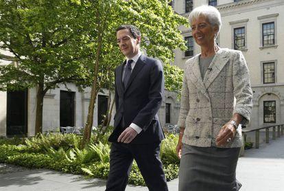 La directora del Fondo Monetario Internacional, Christine Lagarde, se reúne con el ministro británico de Economía, George Osborne, en Londres.