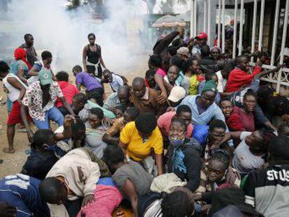 La amenaza de una restricción total de movimientos en Nairobi (Kenia) para prevenir el coronavirus es una medida fatal para quienes viven en casas precarias y dependen de la economía informal