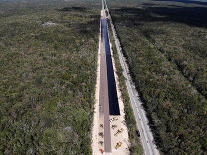 Un tramoen construcción carretera Kalkini-Cancún del Tren Maya el pasado 5 de marzo de 2021.