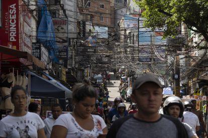 Una calle de la favela Rocihna, en Río de Janeiro, el pasado 16 de enero.
